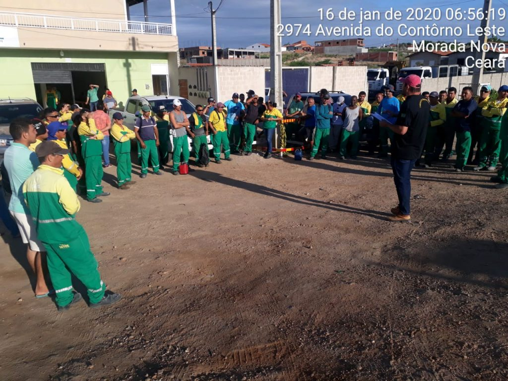 Duzentos operários da Linha de Transmissão da Chesf paralisam em Morada Nova